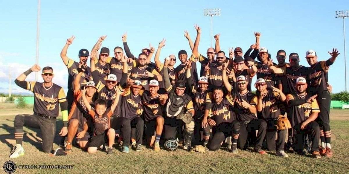 Changos de Naranjito se proclaman campeones de la Clase A
