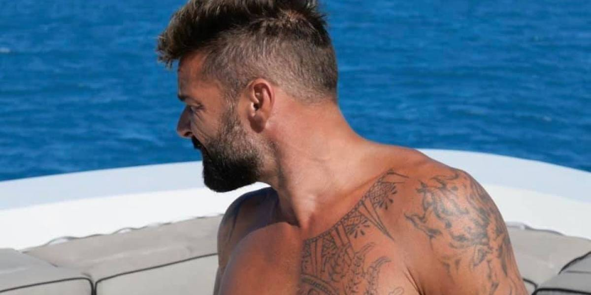 Ricky Martin disfruta de las aguas cristalinas de BVI