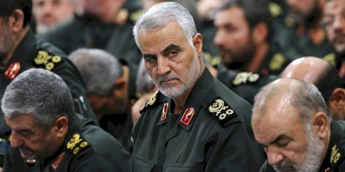 """""""Una venganza implacable espera a los criminales"""": la amenazante advertencia de Irán a EEUU tras asesinato de general por orden de Trump"""