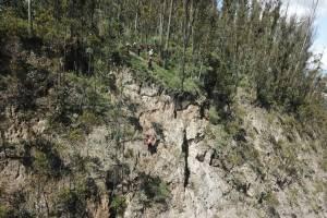 Quito: Tramo de la Av. Simón Bolívar cerrará para retiro de rocas