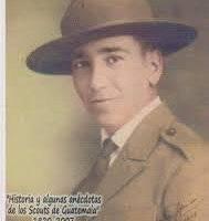 Carlos Cipriani, fundador de los Boys Scouts Guatemaltecos, organización que después se denominó Asociación de Scouts de Guatemala.