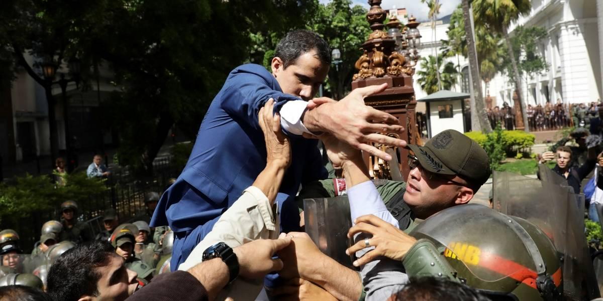 """Lenín Moreno tilda de """"atropello"""" lo ocurrido con Juan Guaidó en la Asamblea de Venezuela"""