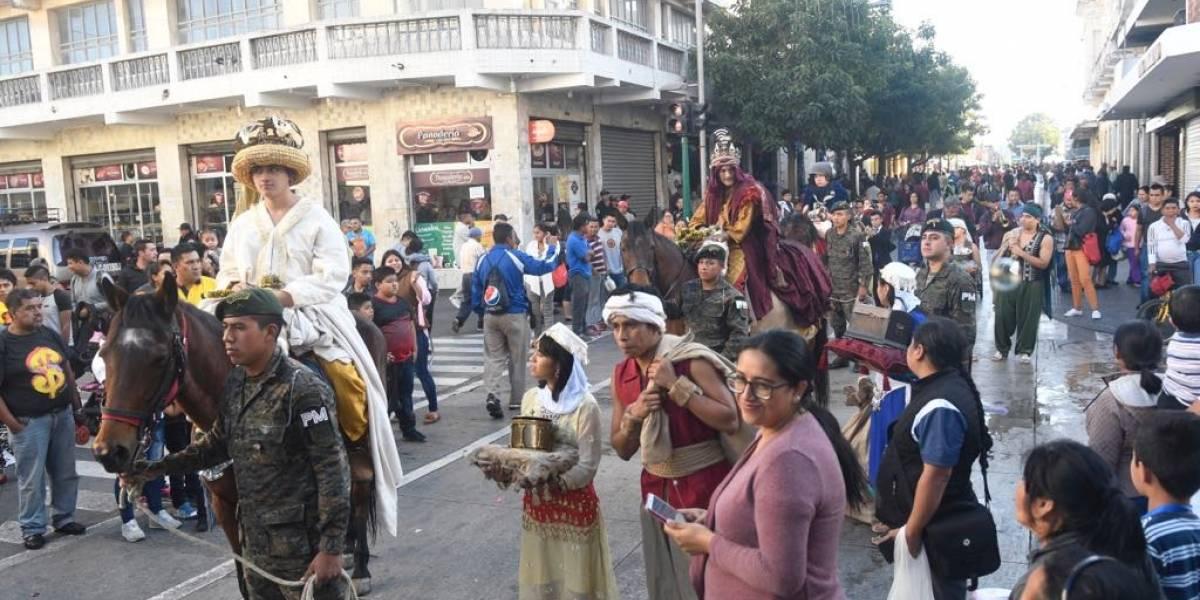 Se realiza la Cabalgata de los Reyes Magos en el Paseo de la Sexta