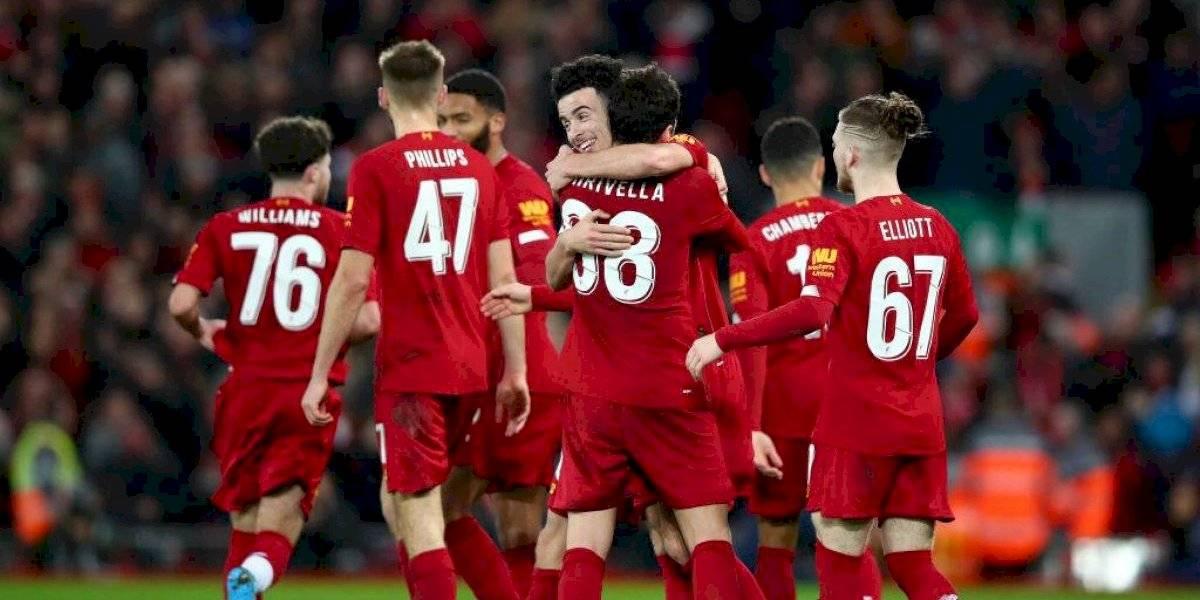 Liverpool derrotó a Everton en el clásico, amplió su paternidad como local y se clasificó en la FA Cup