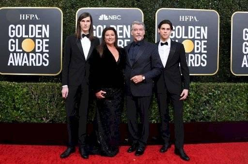 Pierce Brosnan y su familia