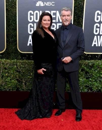Pierce Brosnan y su esposa