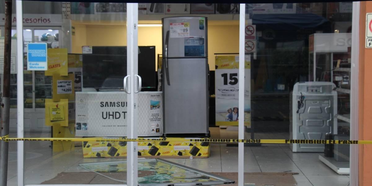 Caen ladrones de tiendas departamentales en Puebla