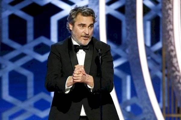 ¿Acaparadores en Hollywood?: Joaquin Phoenix, Charlize Theron y otros son vistos comprando víveres en grandes cantidades
