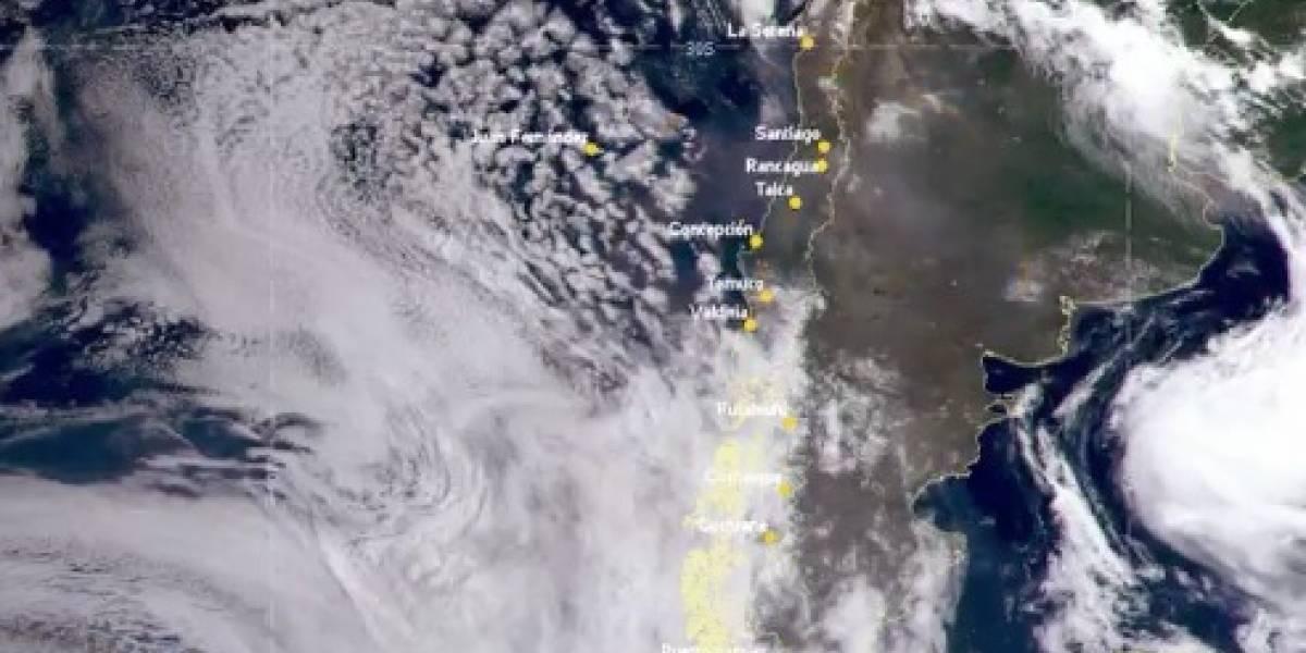 """Viajó más de 12 mil kilómetros: humo de los incendios de Australia llega a Chile y genera """"especie de bruma"""" en Santiago"""