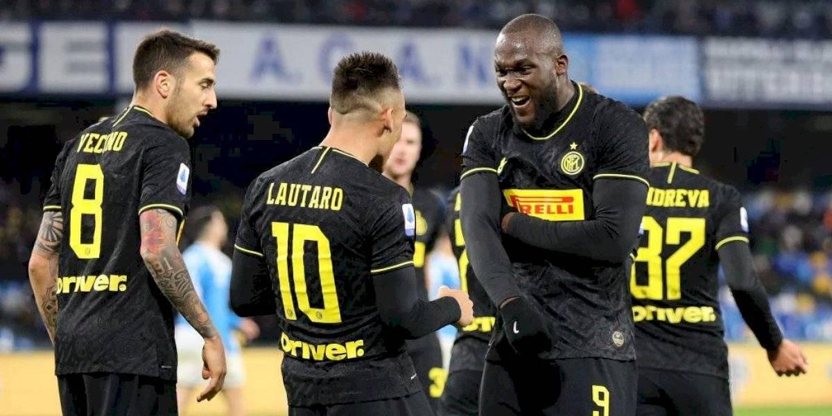 Alexis Sánchez observó el triunfo del Inter ante el Napoli desde la banca, luego que Cristiano Ronaldo igualara su récord en Europa