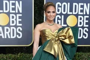 Revientan a Jennifer Lopez por su vestido en los Globos de Oro 2020