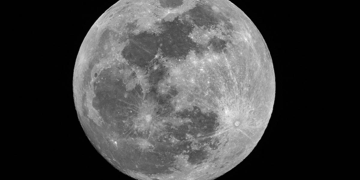 Eclipse e 'Lua cheia do lobo' tomam o céu desta noite