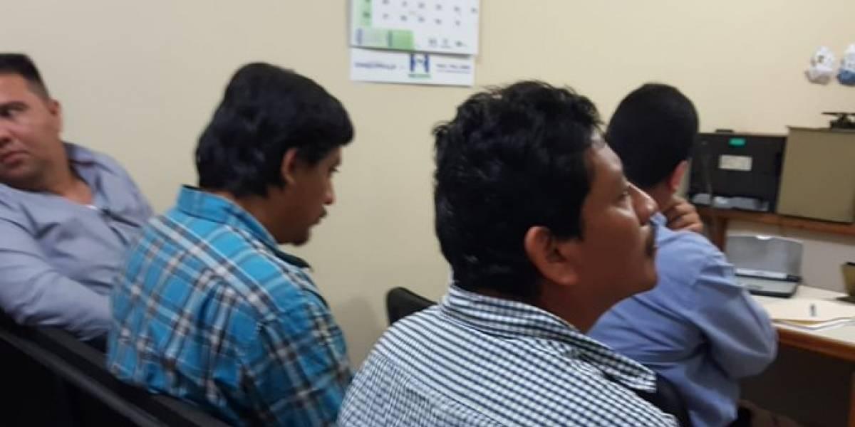 Procesan a pilotos involucrados en accidente en Gualán que dejó 22 muertos