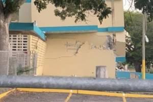 Colapsa escuela en Guánica