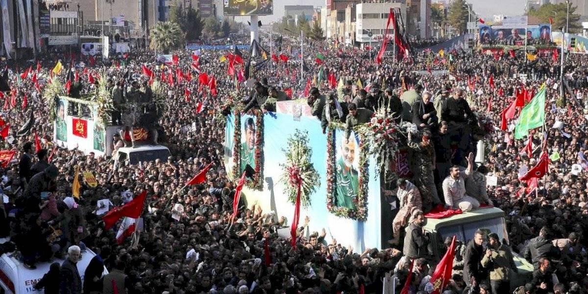 Irán: 53 muertos en funeral del general asesinado por EE. UU.