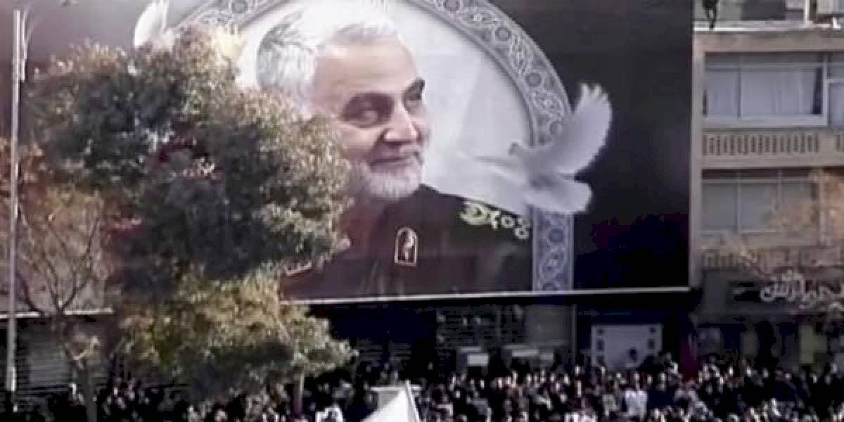 """""""Nos vengaremos, prenderemos fuego a los lugares que les gustan"""". Guardia Revolucionaria iraní amenaza a EE.UU."""