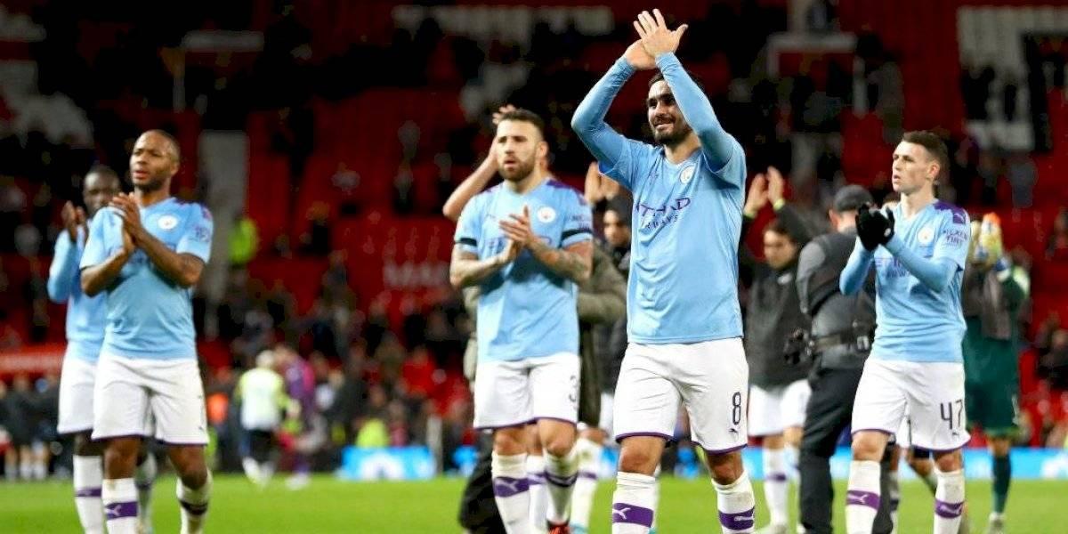 Manchester City dio el primer golpe en el clásico ante el United con Claudio Bravo en cancha