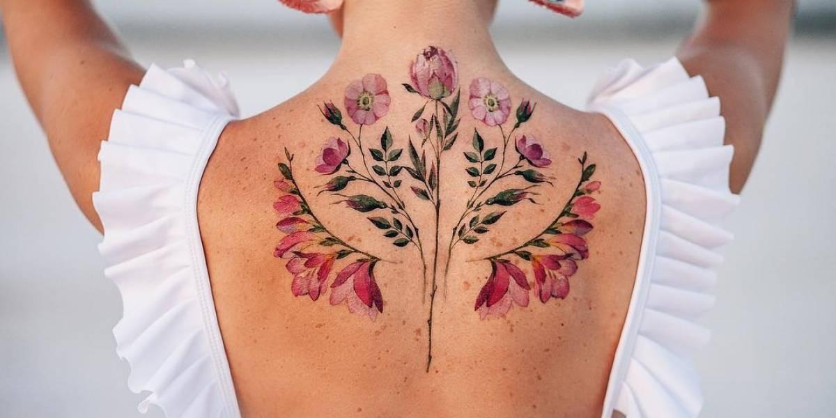 Tatuagem de flor: conheça o incrível trabalho da artista Pis Saro