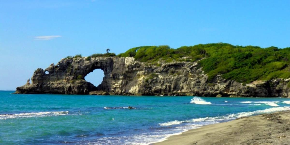 Icónica maravilla natural se destruye por fuertes sismos en Puerto Rico