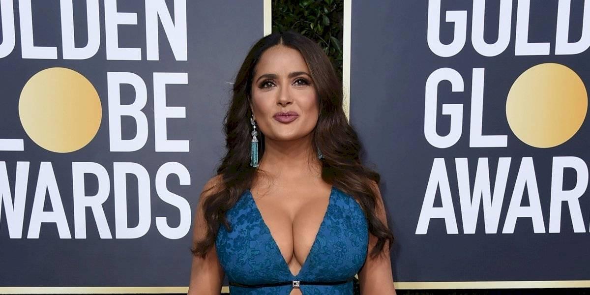 Salma Hayek presume diminuta cintura con sexy top