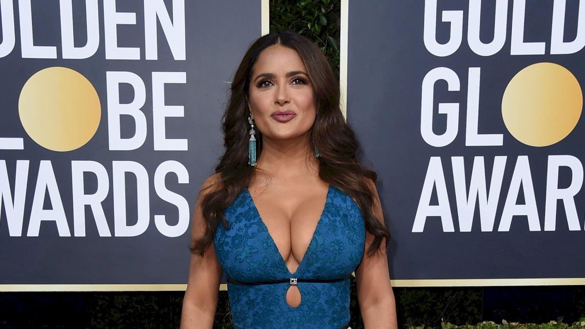Salma Hayek se robó los Globos de Oro 2020 con su look AP