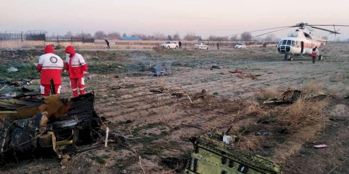 Avión ucraniano con 180 pasajeros se desploma en Irán