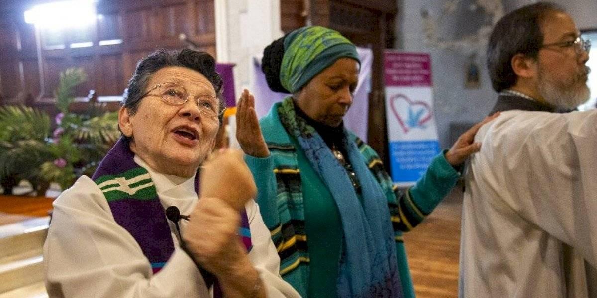 Hispanos sordos tienen su iglesia en Nueva York
