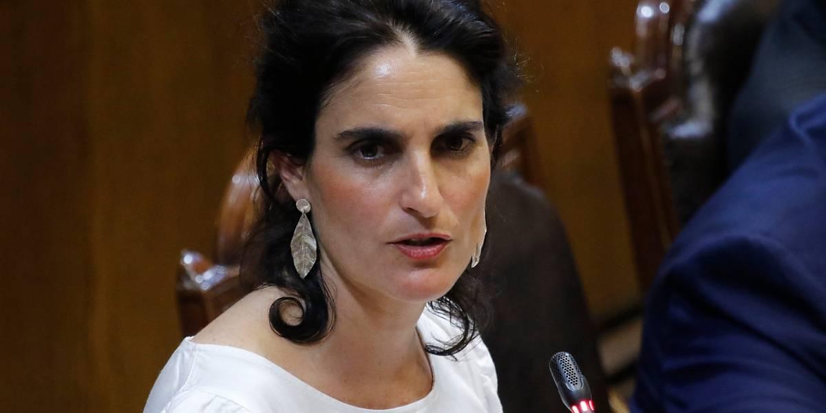 Interpelación Nº 1: ministra Zaldívar confirma que llevarán al TC proyecto de 40 horas y da una férrea defensa a las AFP