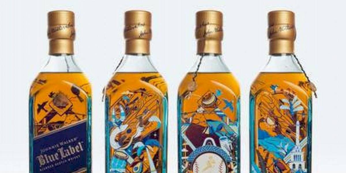 Transforman una botella en una pieza de arte en honor a República Dominicana