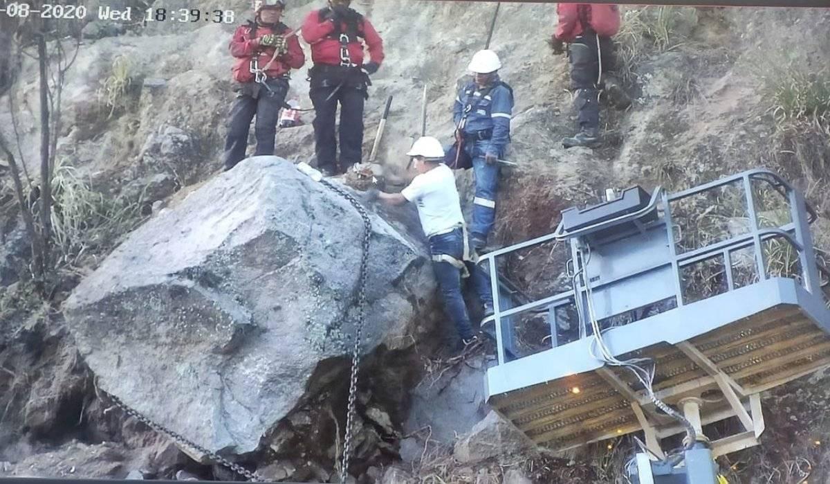 Extracción de roca en la Simón