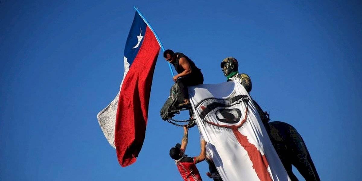 Estatua del general Baquedano se queda donde está: Consejo de Monumentos Nacionales reforzará su protección
