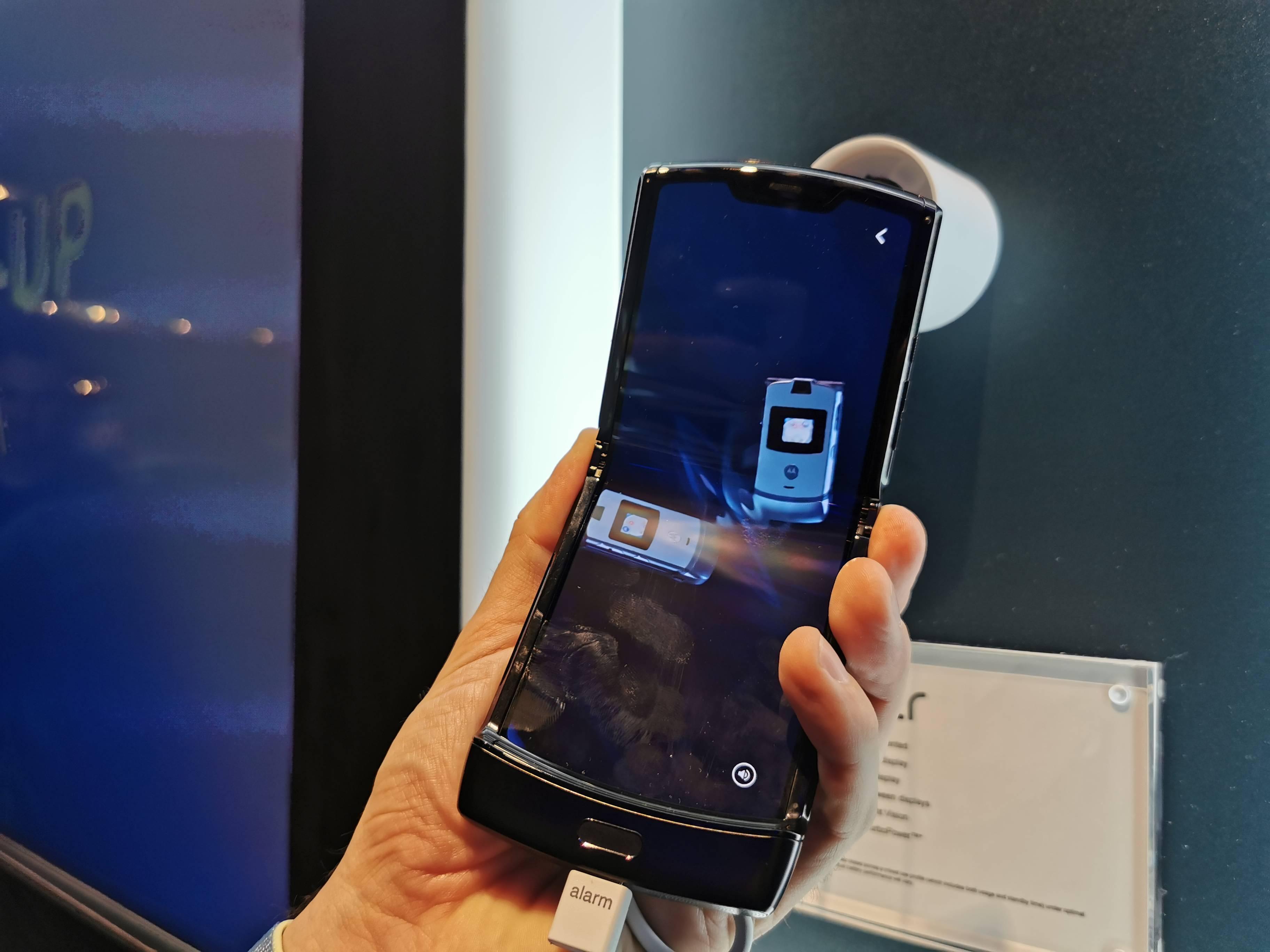 Moto Razr: Primeras impresiones del plegable presentado por Lenovo #CES2020