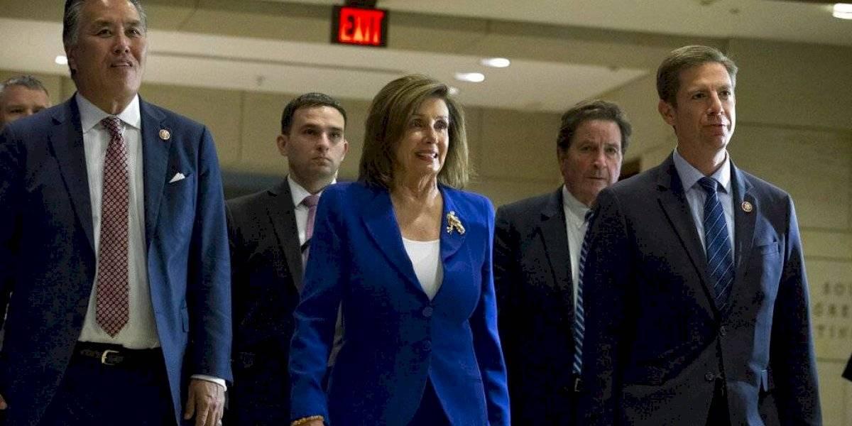 """Nancy Pelosi enviará """"próximamente"""" al Senado acusación contra Trump"""