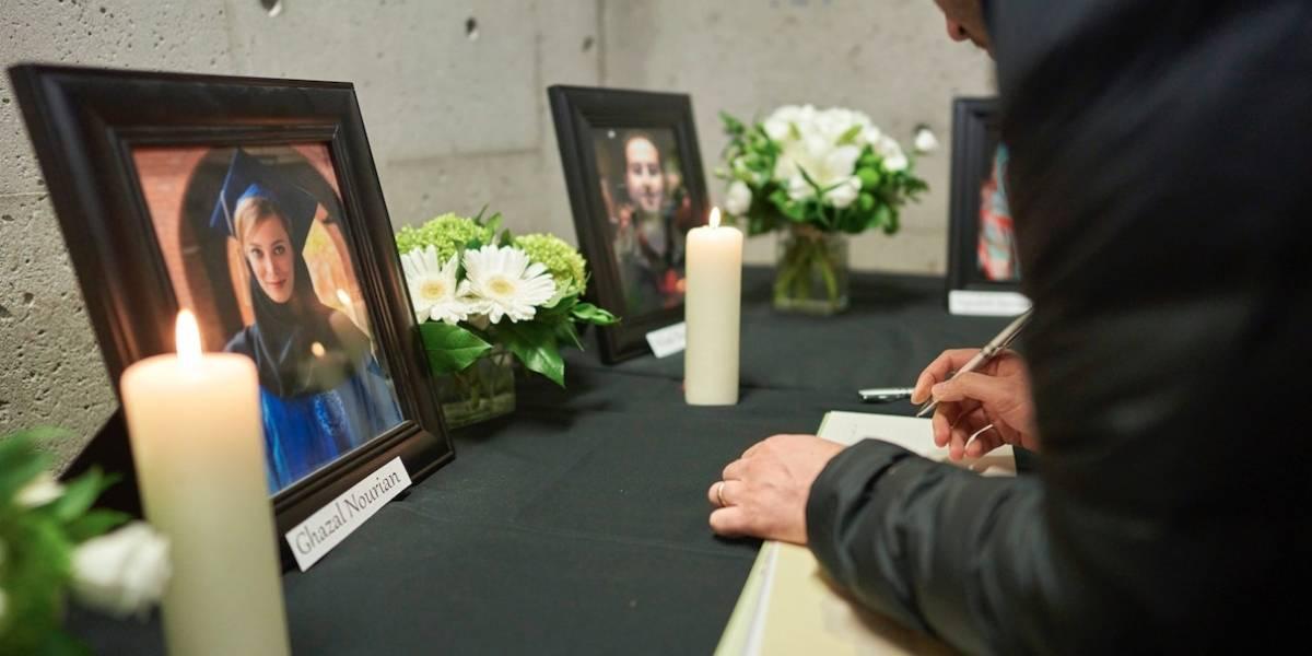 Comunidad iraní en Canadá llora a sus muertos en accidente aéreo