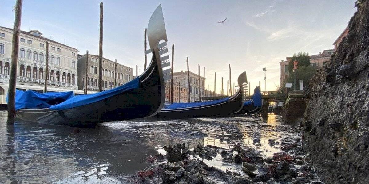 ¿Por qué se ve así? Las sorprendentes imágenes de Venecia sin agua