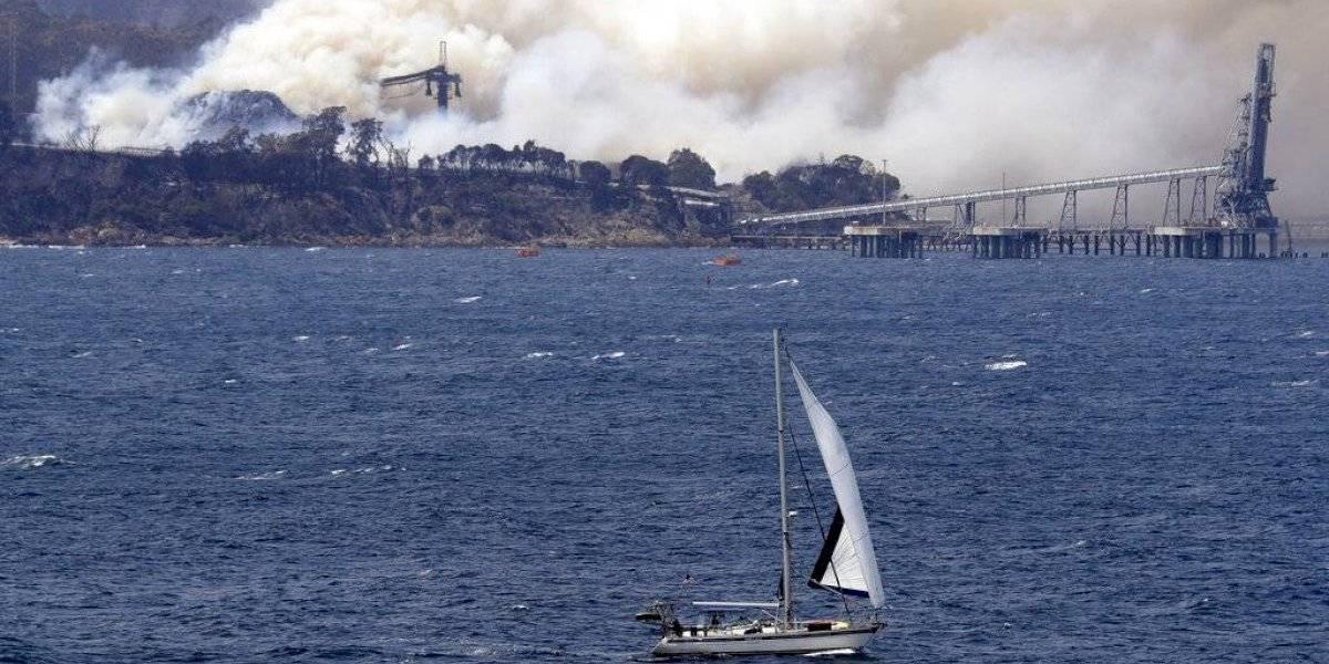 Australianos dejan sus casas ante nueva alerta por incendios