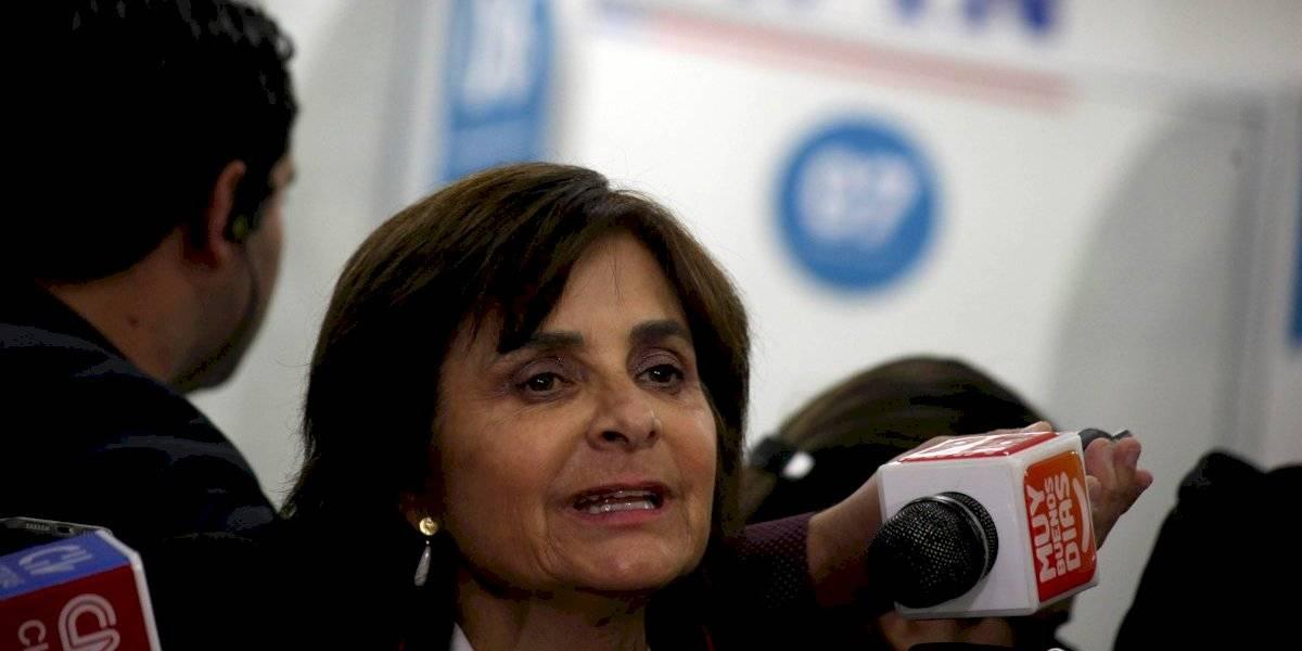 """Subsecretaria de Salud coincide con Mañalich por Compin: """"Tenemos felicitaciones, cosa que nunca antes había ocurrido"""""""