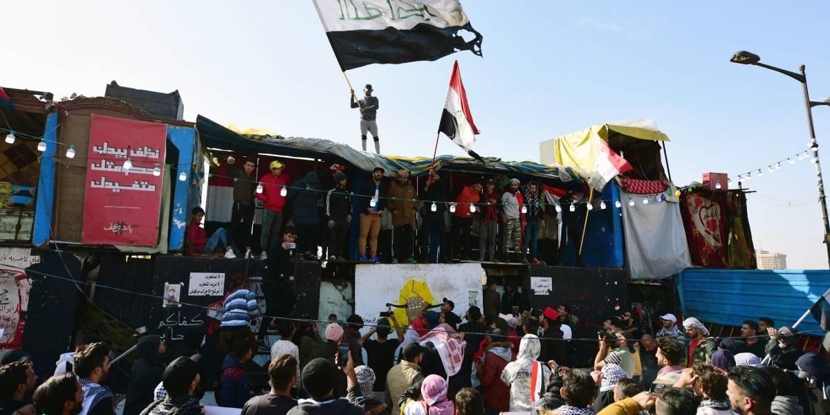 En medio del conflicto: Iraquíes protestan contra los ataques de Estados Unidos e Irán
