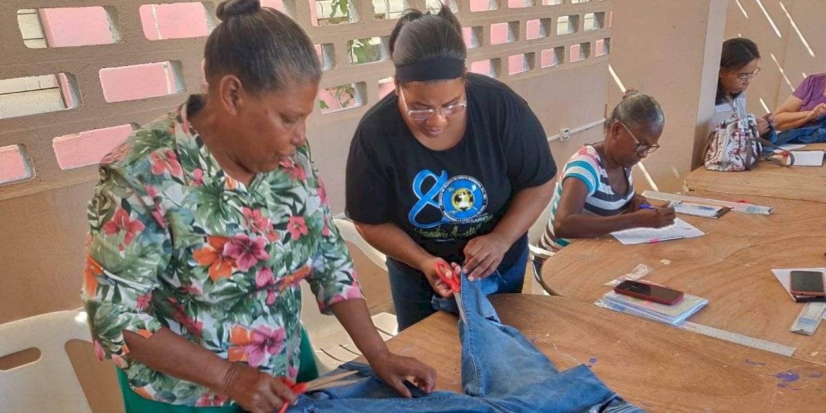 Proyecto de costura impulsa el empresarismo local