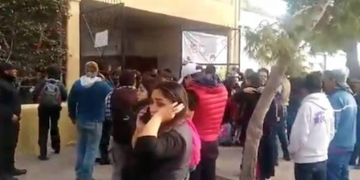 Un niño mata a profesora antes de morir en escuela de México
