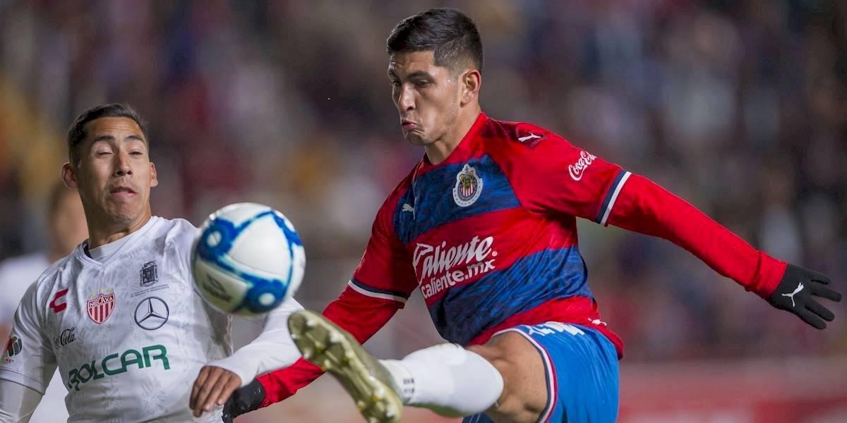 """Pocho"" Guzmán saldrá de Chivas por dopaje"