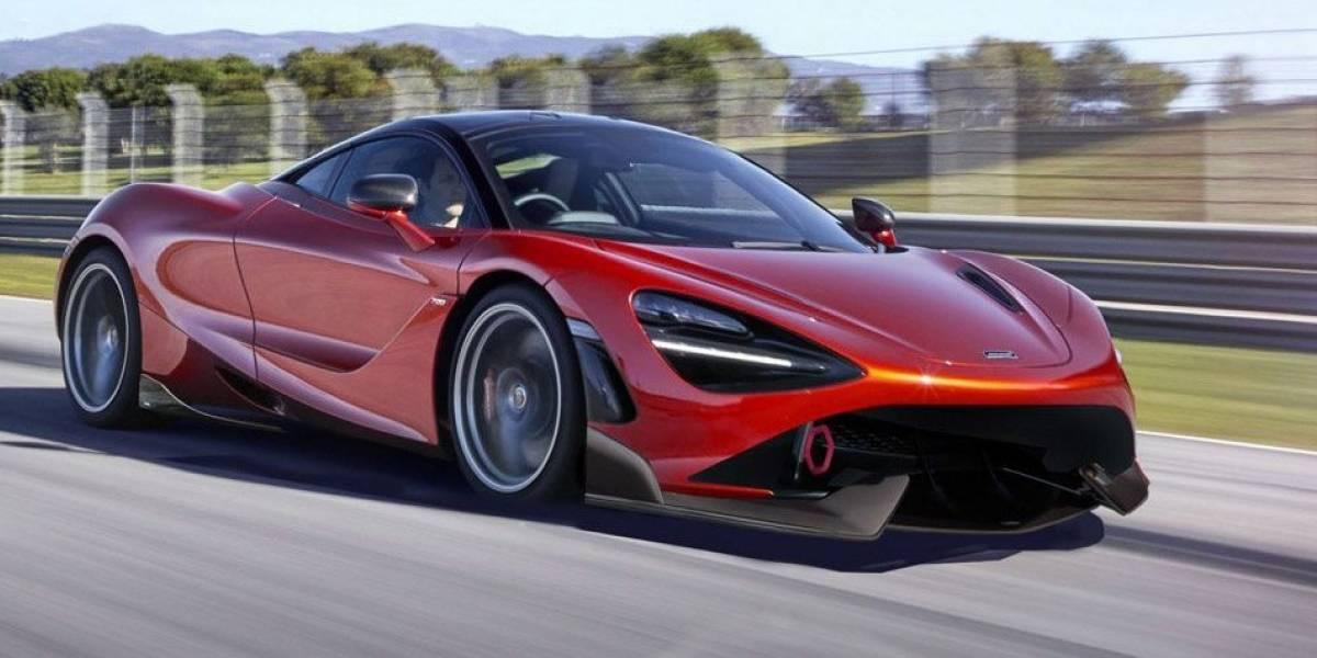 Carros de fuego: costoso McLaren de lujo se incendia durante Feria de Automóviles en Codegua