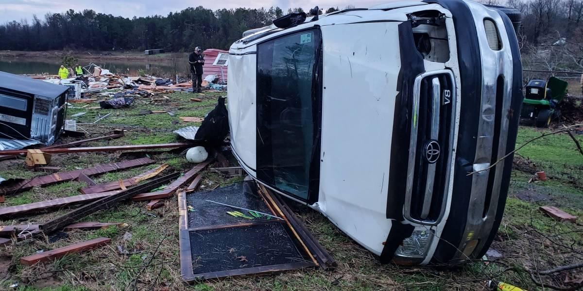 Al menos siete muertos por tormentas en sureste de EEUU