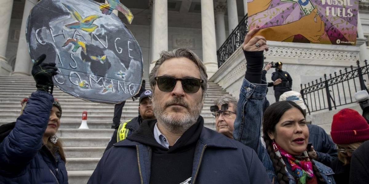 Joaquin Phoenix es arrestado en protesta por cambio climático