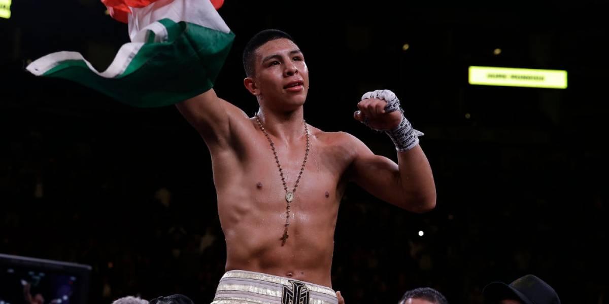Jaime Munguía debutó en los medianos con un KO espectacular