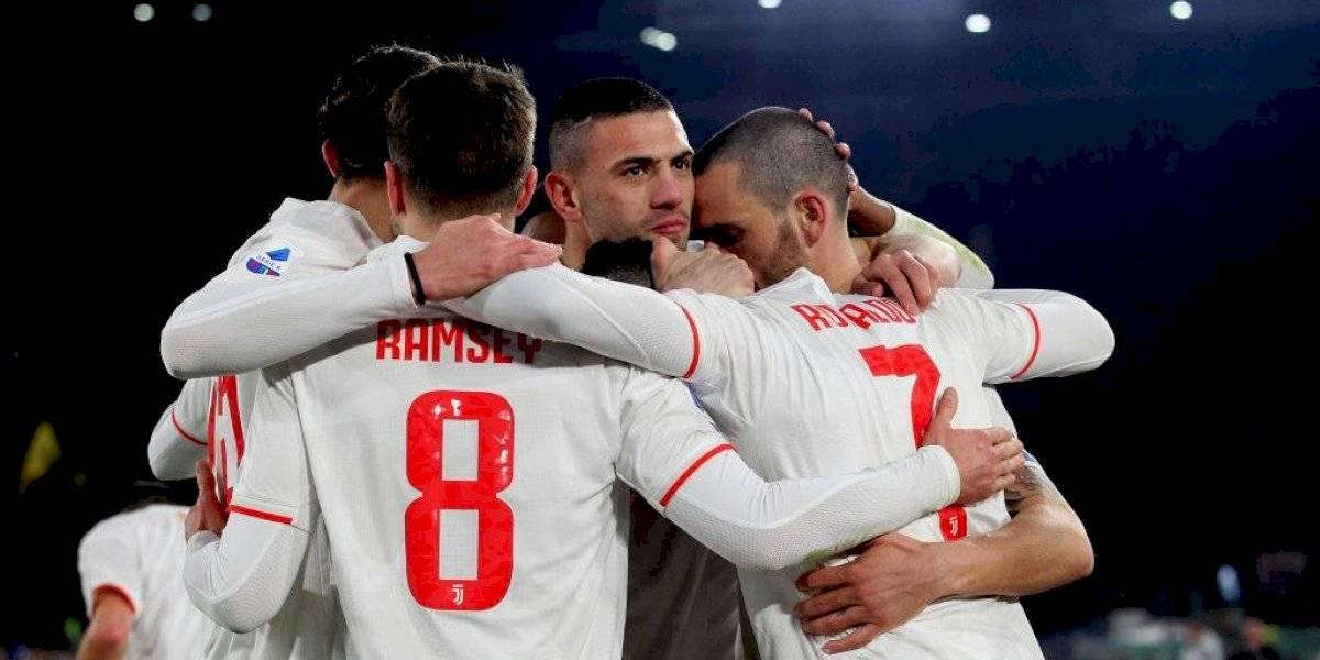 Juventus derrotó en cerrado partido a la Roma y es líder exclusivo de la Serie A