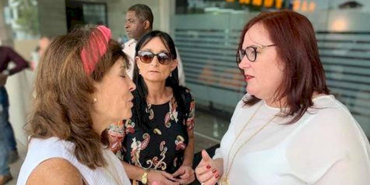 """Ministra Janet Camilo comparte con menores por """"Día de Reyes"""""""