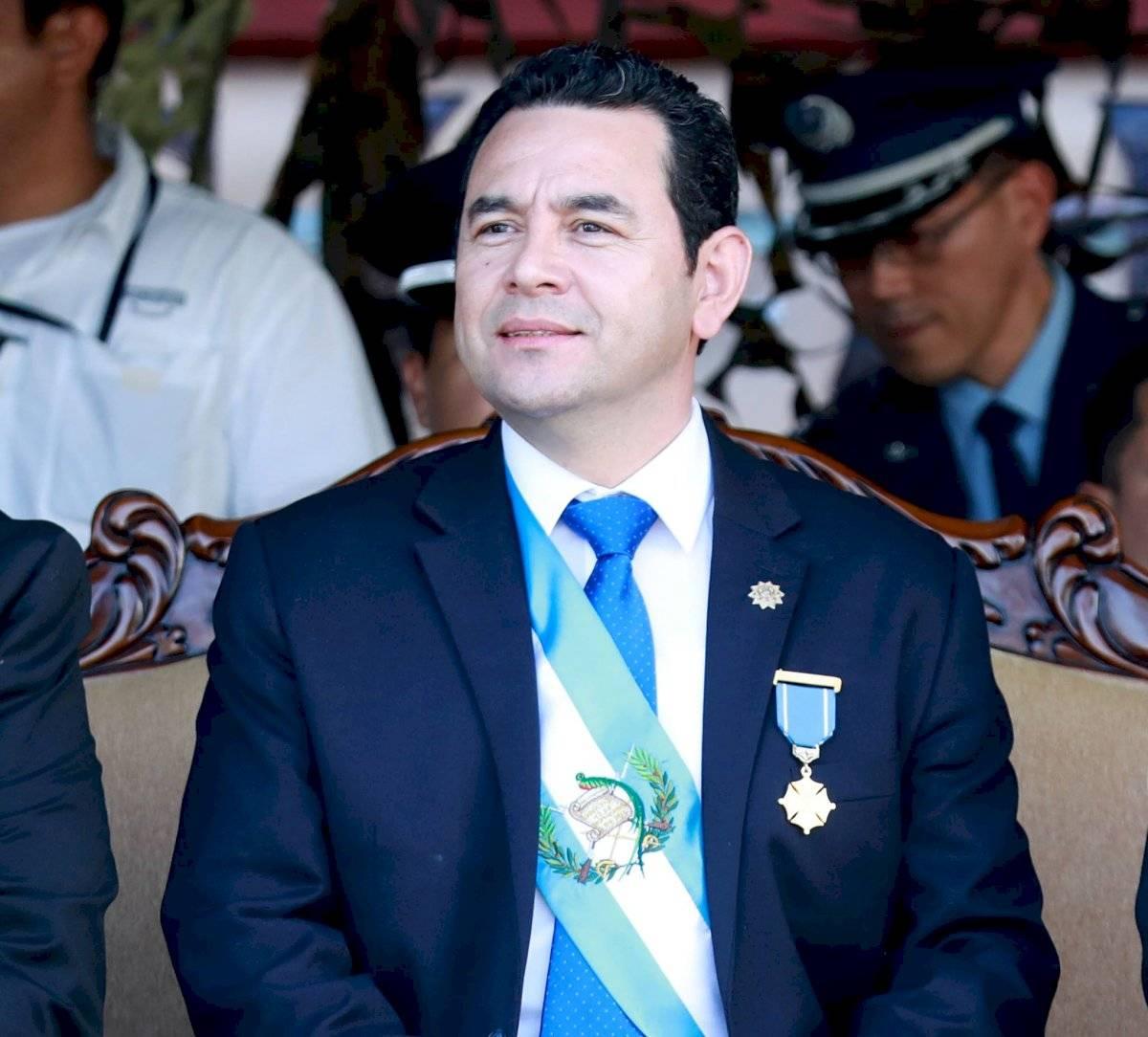 Nayib Bukele viaja a Guatemala para toma de posesión de Giammattei