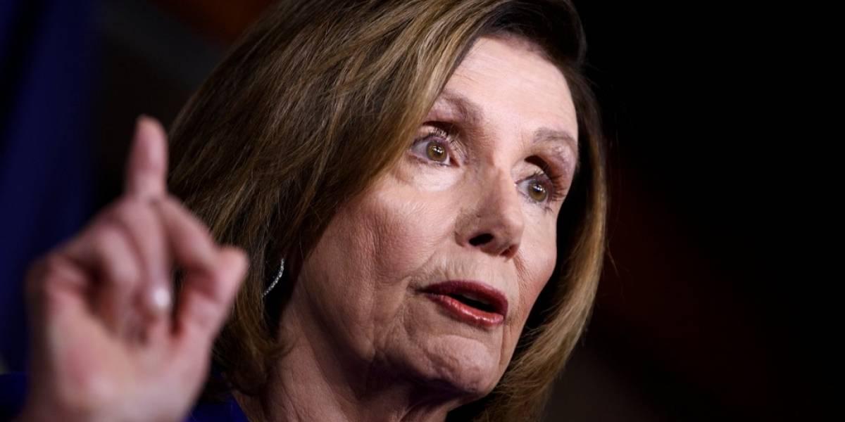 """Nancy Pelosi cree tener """"testimonios suficientes"""" para la destitución de Trump"""