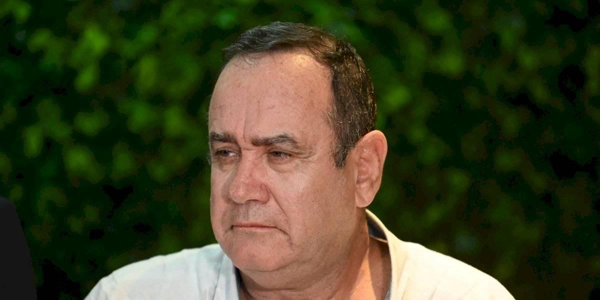 Corrupción y migración, retos de Giammattei como presidente de Guatemala